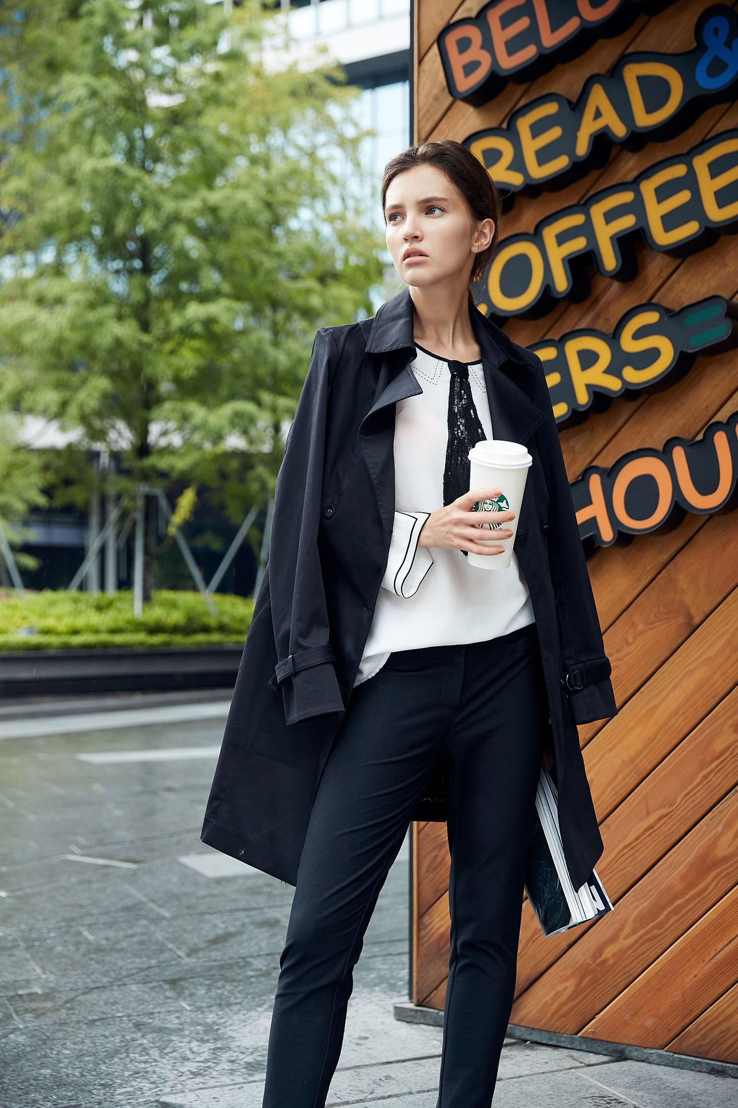 翻領排扣流行時尚長袖外套,外套,秋冬穿搭,長大衣,長袖外套,風衣,黑色外套