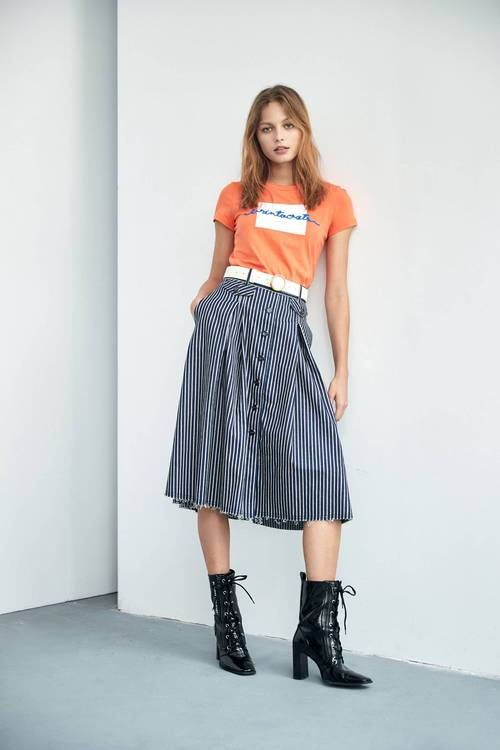 立體刺繡T-SHIRT