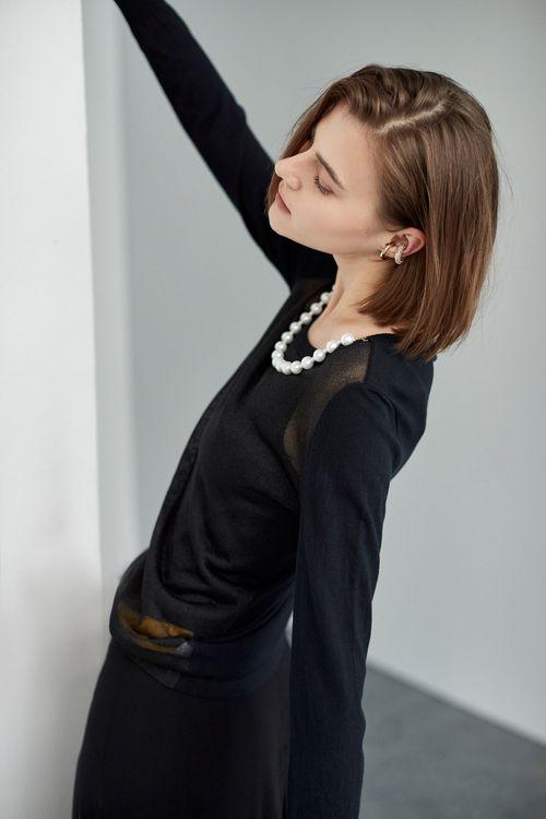 珍珠裝飾針織上衣