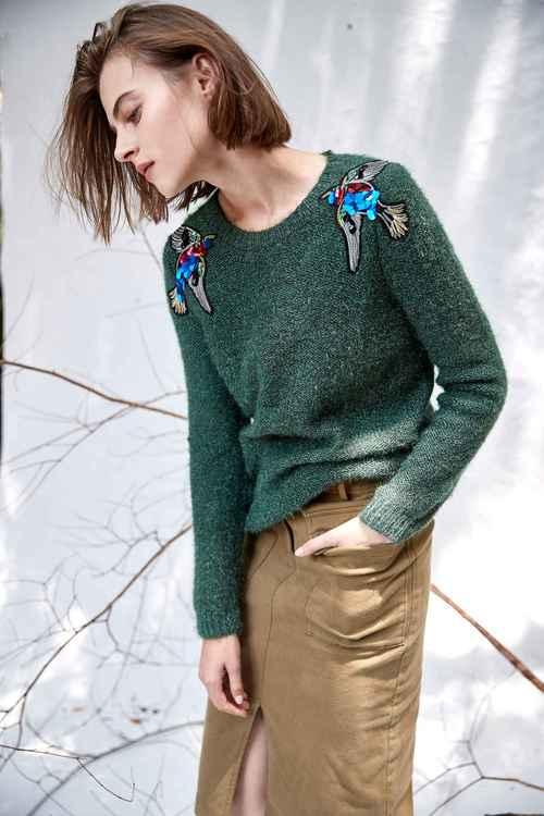 樹燕裝飾針織上衣