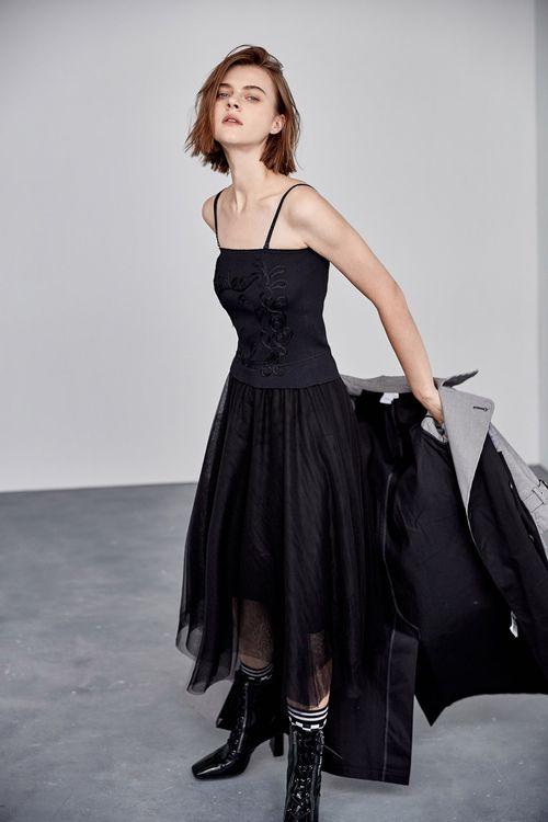 針織拼接網紗吊帶洋裝